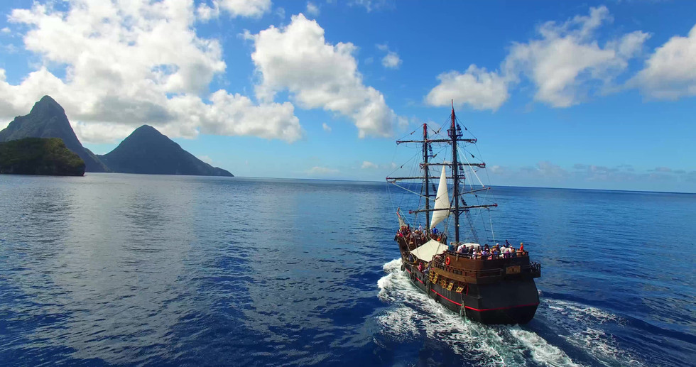 Bateau pirates, pirates des caraibes, piartes, croisiere grenadines, ste lucie, piton, pitons