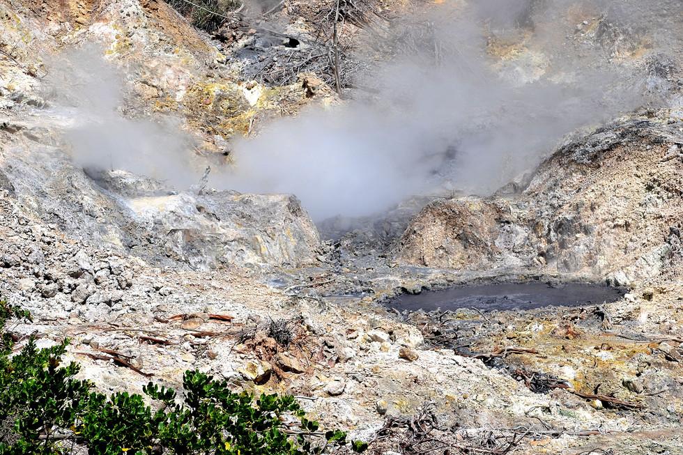 soufriere , volcan, ste lucie, croisiere Grenadines