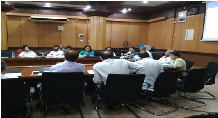 1st_Committee.jpg