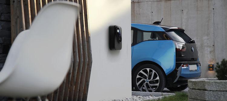 Borne de recharge inteligent pour voiture électriques | EV Link SUISSE