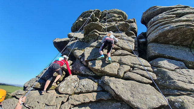Rock Climbing courses on Dartmoor, hound tor