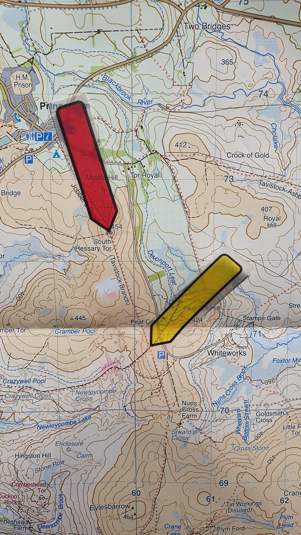 Pointers showing location on a Harvey's Map