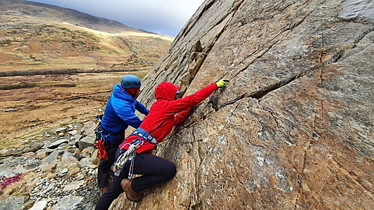 rock climbing gear placement, Tryfan Bach, Little Tryfan, Snowdonia