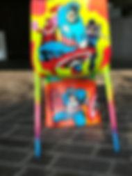 sedia plastica trattata e dipina