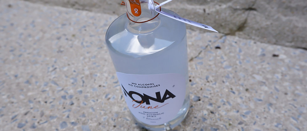 "Premium alcoholvrije spirit ""by Charlotte"" - 70 cl"