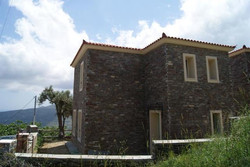 Project with stone in Manni