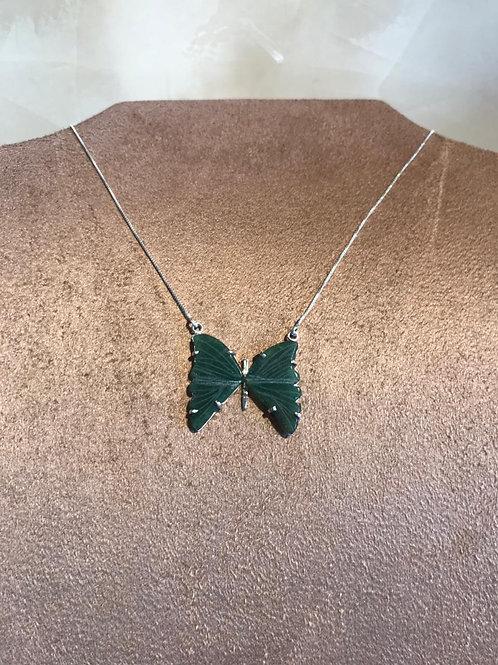 Colar borboleta verde modelo 3