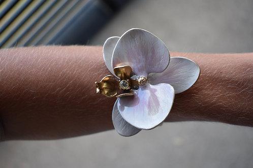 Bracelete orquídea esmaltada