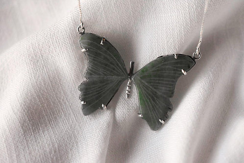 Colar borboleta verde modelo 5