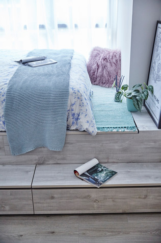 Coco Palms | Guest bedroom