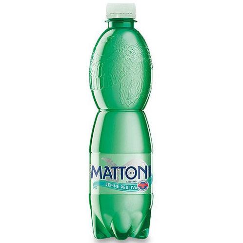 Mattoni jemně perlivá voda 0,5l