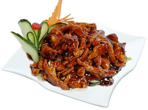 B9 | Kuřecí maso s pekingskou omáčkou