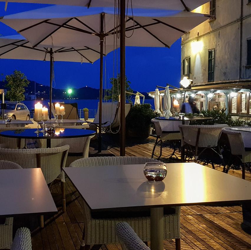Hotel bar/cafe