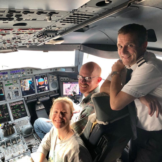 In the A380 cockpit with Stu