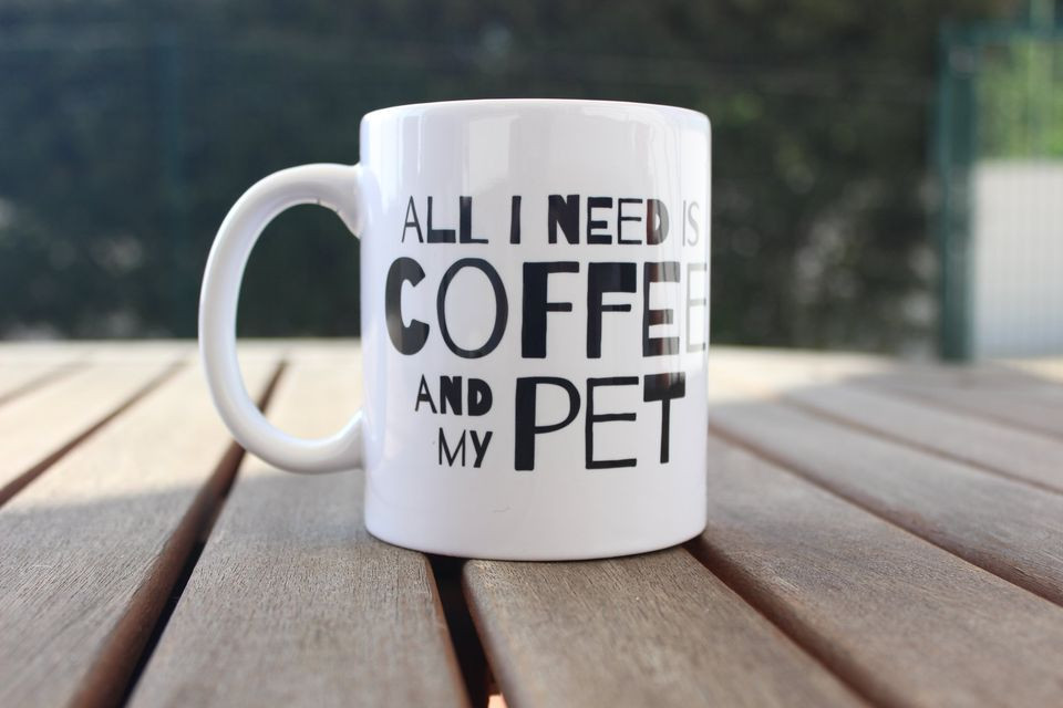 "Caneca ""COFEE AND PET"" €8.50"