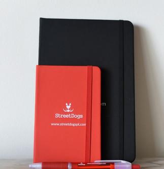 Caderno A5 Vermelho €3.00