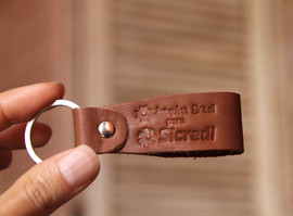 chaveiro-de-couro-personalizado-logo-3.j