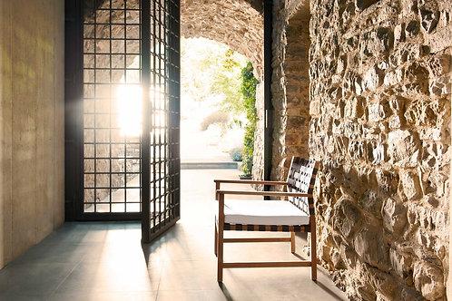 Vis a Vis Club Chair