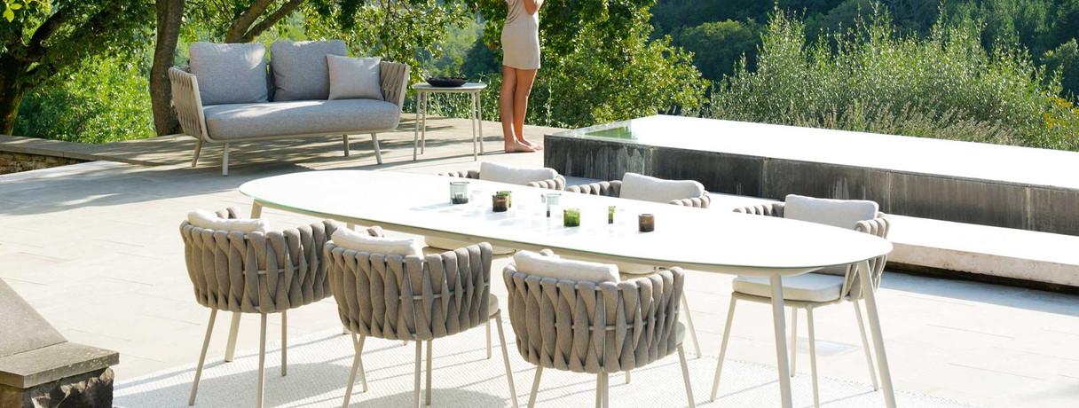 tosca-tosca-armstoel-tosca-dining-table.