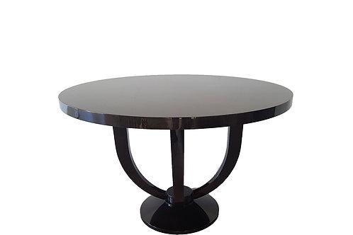 Hyde Table 120