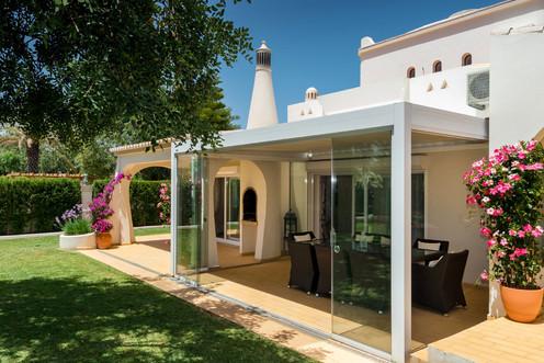 Villa-Bonita-Exterior-a.jpg