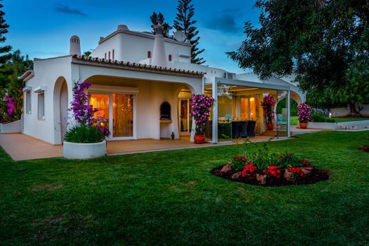 Villa-Bonita-Twilight-10.jpg
