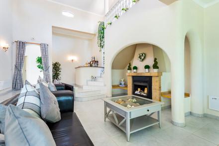 Villa-Bonita-Interior-3c.jpg
