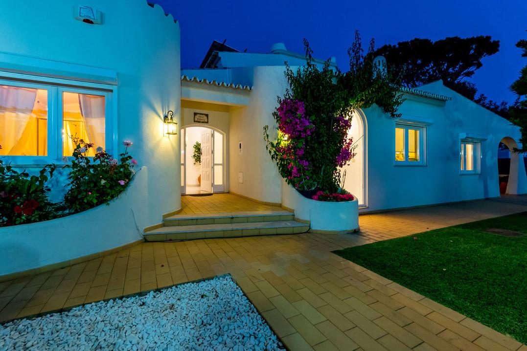 Villa-Bonita-Twilight-6.jpg