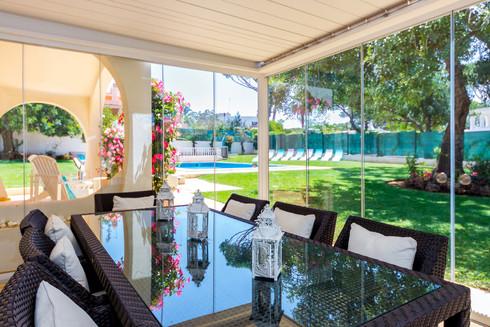 Villa-Bonita-Exterior-h.jpg