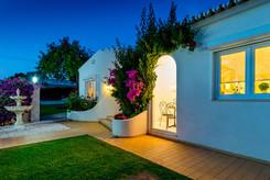 Villa-Bonita-Twilight-7.jpg