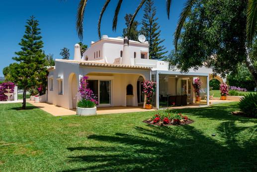 Villa-Bonita-Exterior-e.jpg