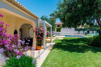 Villa-Bonita-Exterior-f.jpg