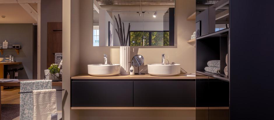 Badeinrichtung mit Küchenmöbeln