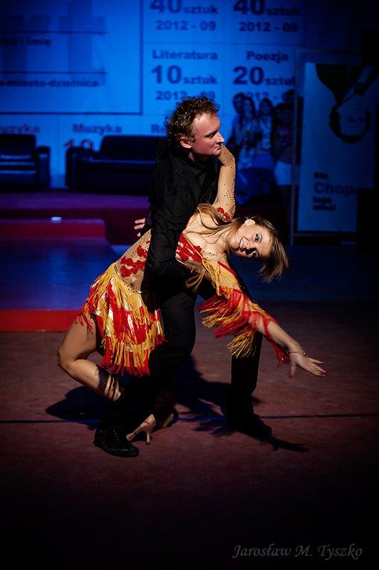 Salsa w parach - pokaz tańca