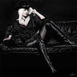 black leathergirl