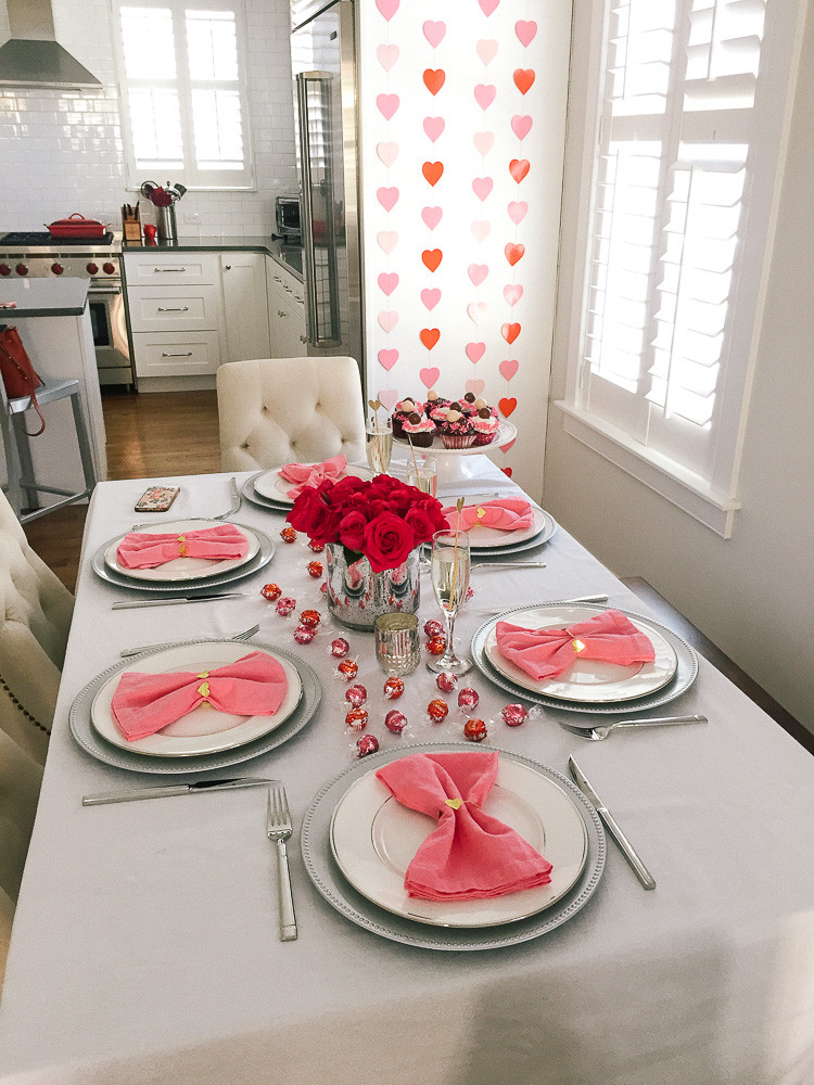 galentine's day party tips