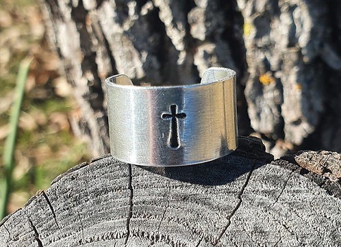 *CLEARANCE* Wide Cross Ring