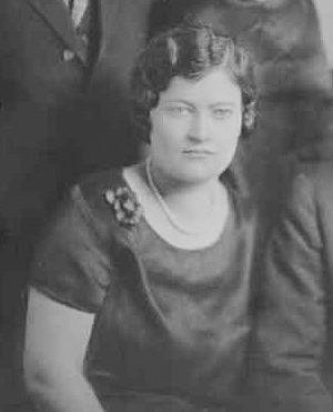 Photo of Helen McKinley c1920.
