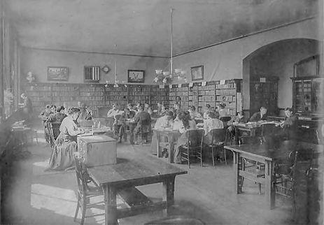 1909 University of Washington - Broadway