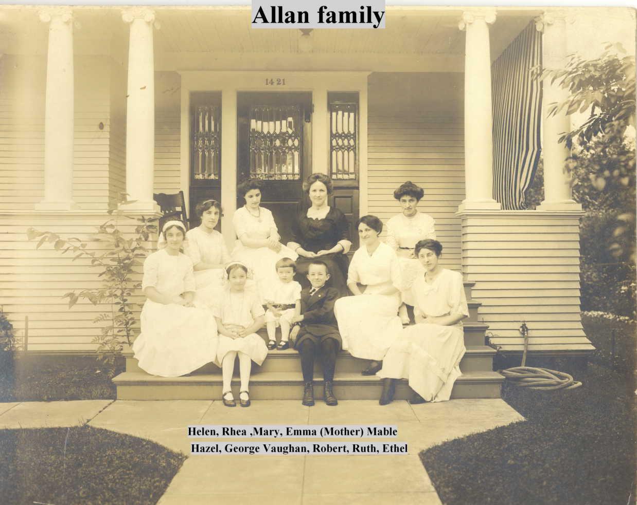 Allan Family portrait on steps of 1421 E