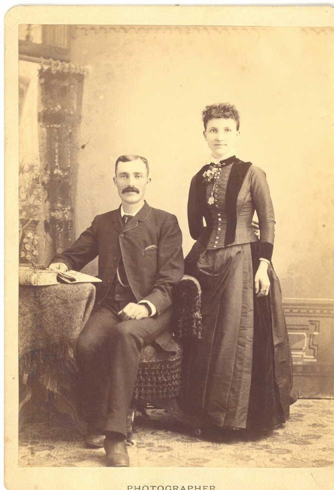 Mrs & Mrs Harding Allan