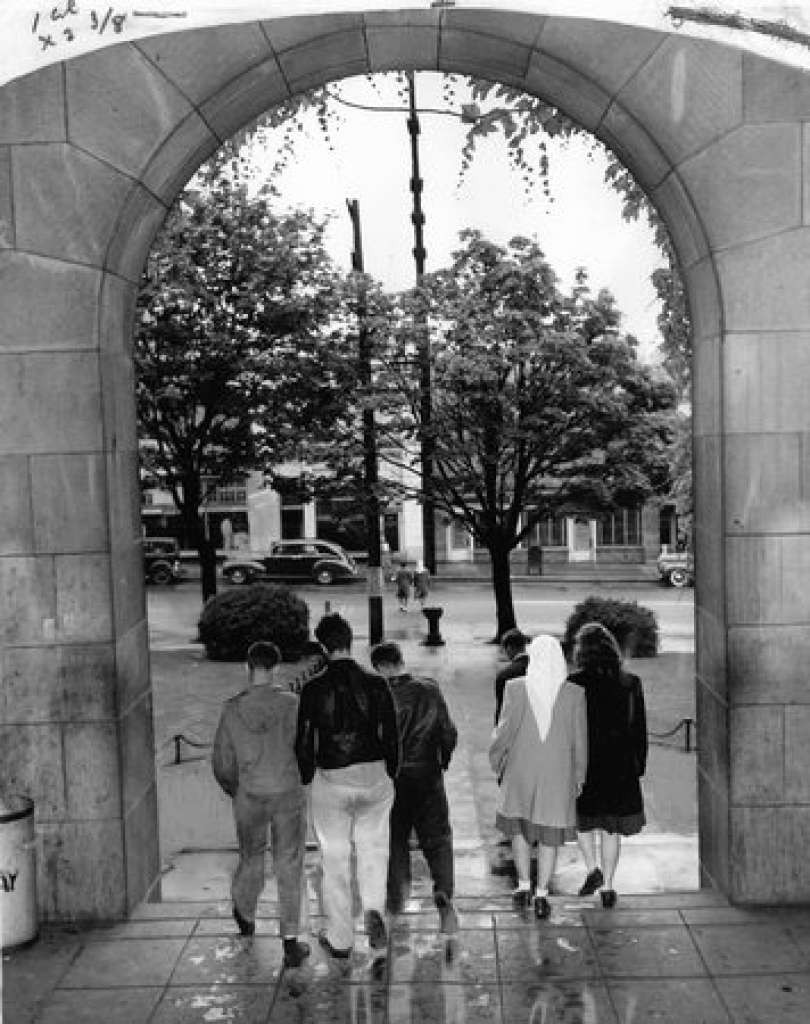 June 1946. Going down the old high school's main steps for the last time are these Broadway students. Image: Seattle PI