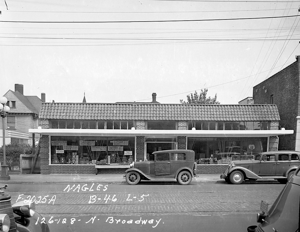 Fleming's Grocery, circa 1937. Image: WA State Archives
