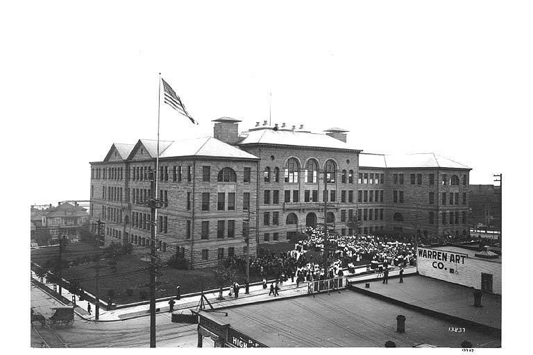 Broadway High School, 1909. Image: University of Washington