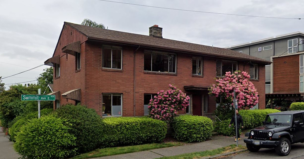 Apartment Building, 403 Summit Ave E. Google, 2019.