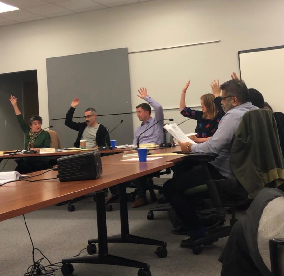 Landmarks Board voting unanimously.