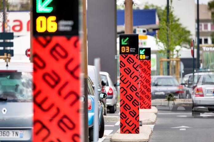 Guidage à la place parking
