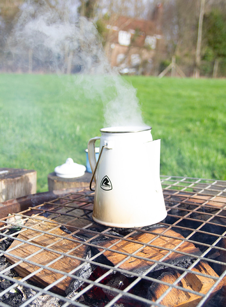 Coffee on campfire