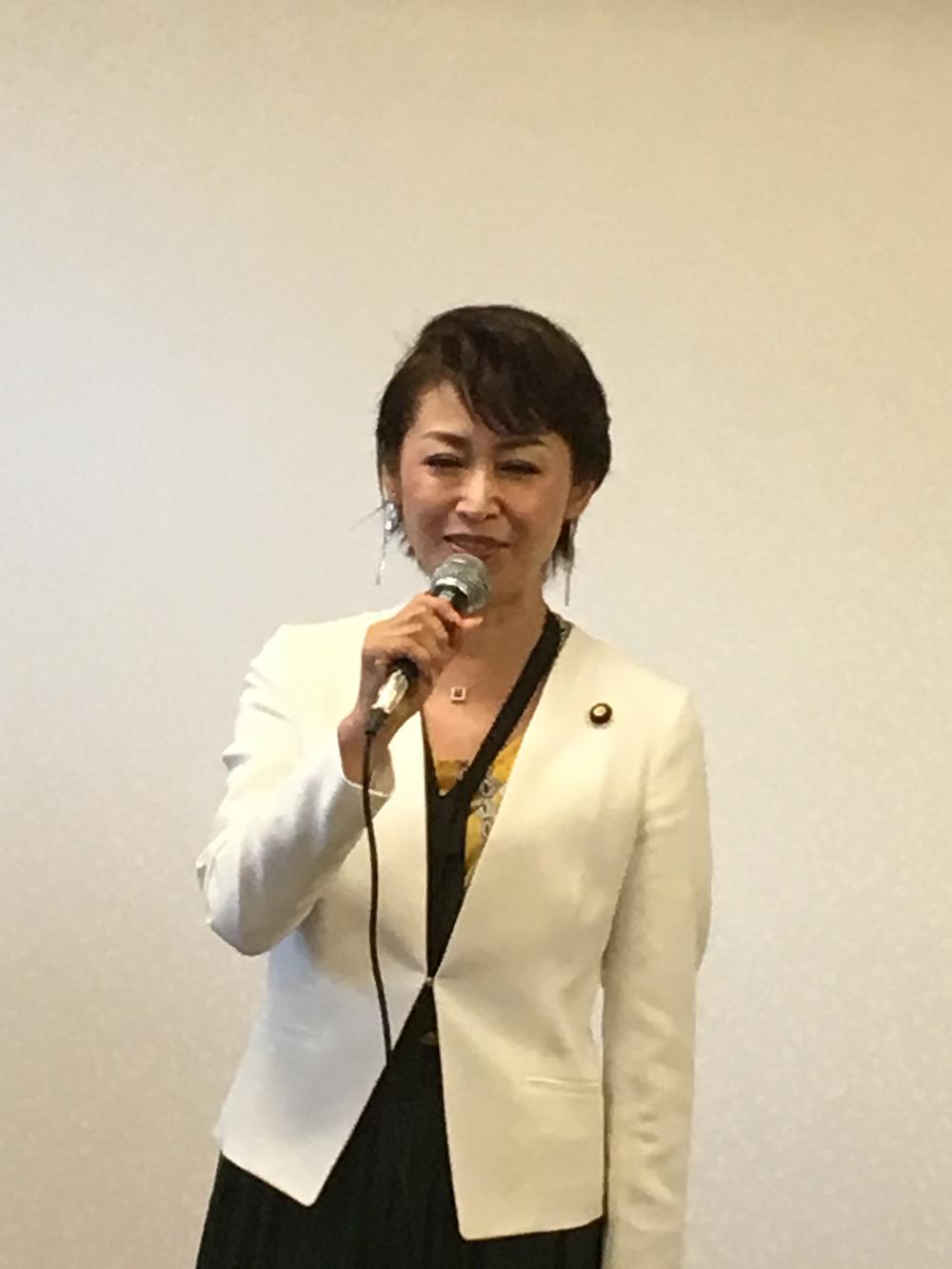 三原じゅん子名誉会長