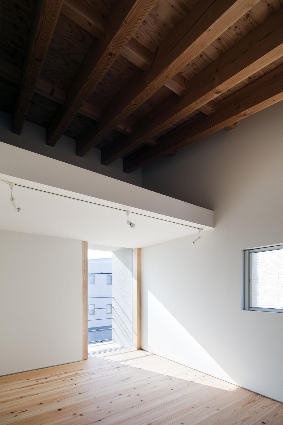 custom-built-house-architect-2400_09.jpg